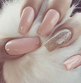 thumbnail_Long-nude-gel-nails-with-some-gold-glitter